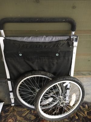 Schwinn bike trailer good condition. Converts to a stroller. Folds flat for storage. 45.00 for Sale in Ellijay, GA