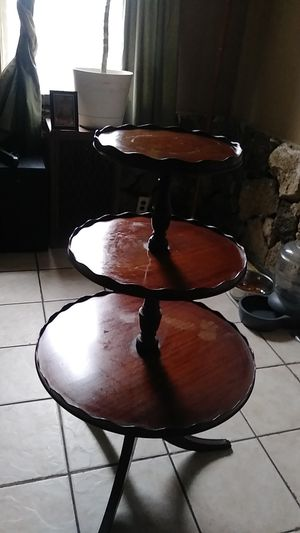 Antique 3 tier mahogany pie crust dumb waiter table for Sale in St. Louis, MO