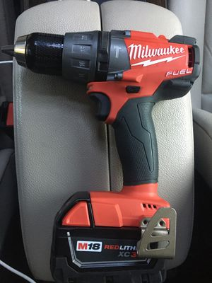 Milwaukee M18 Fuel hammer drill /driver with battery for Sale in San Diego, CA