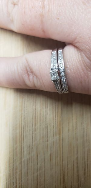 Real 10k gold and diamond wedding set for Sale in Brandon, FL