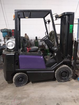 Pnuematic Forklifts hilos for Sale in Warren, MI