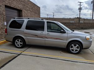 Mini van for Sale in Willoughby, OH