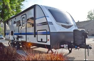 2019 Jayco White Hawk Travel Travel 50th Anniversary Edition Model 24MBH for Sale in Temecula, CA