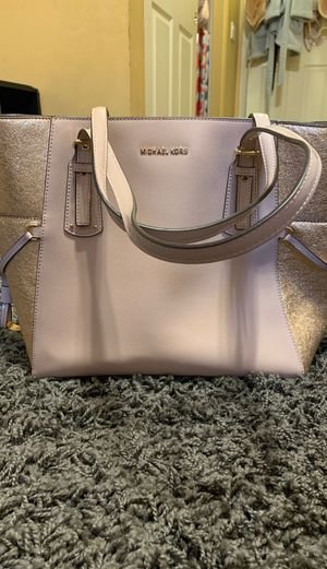 Michael Kors Womens purse for Sale in La Verne, CA