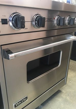 VIKING 4 burnes stainless steel Gas Stove for Sale in Concord, CA