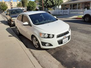 2013 chevy sonic for Sale in Paramount, CA