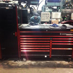 Cornwell custom tool box with cabinet for Sale in Perryopolis, PA