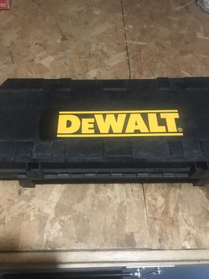 DeWalt Half inch right angle drill used twice for Sale in Manalapan Township, NJ