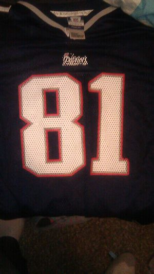 NFL Patriots jersey Randy Moss 81 for Sale in El Paso, TX