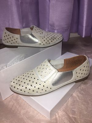 Size 37 flat shoes for Sale in San Jose, CA