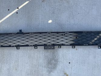Infiniti Q50 Front Bumper Lower Grille for Sale in Sacramento,  CA