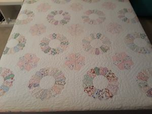 Vintage Dresden Plate quilt for Sale in Milwaukie, OR