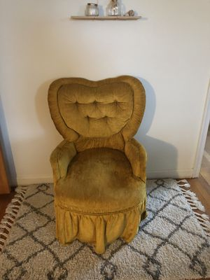 Petite Antique Chair for Sale in Gaithersburg, MD