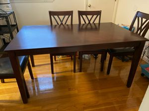 Dining room table, 6 chairs..table 3' x 5' for Sale in NJ, US