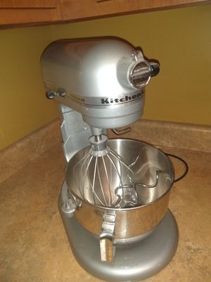 Kitchen Aid mixer for Sale in Albion, MI