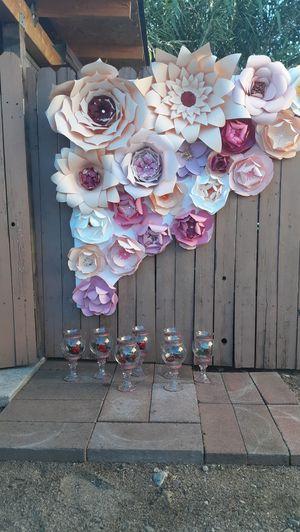 Flores con las copas for Sale in Fontana, CA