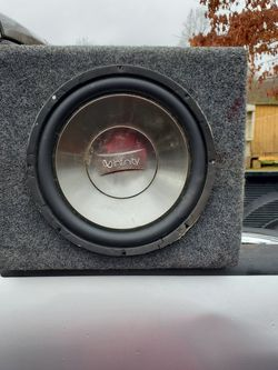 Speaker With Wires And Amp for Sale in Arvonia,  VA