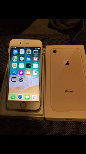"""iPhone 7 32GB,,factory UNLOCKED excellent CONDITION """"aS liKE neW"""" for Sale in West Springfield, VA"""