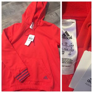 UNISEX ADIDAS HOODY for Sale in Bolingbrook, IL