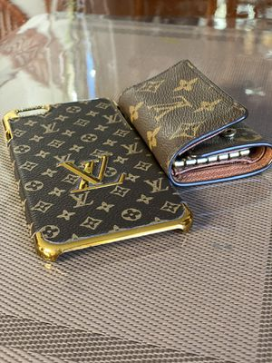 iPhone 6 Plus case and key holder wallet NEW for Sale in Sacramento, CA