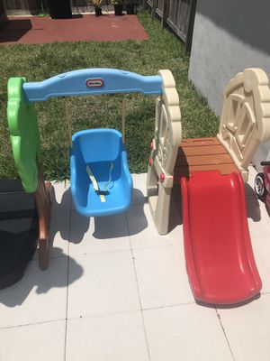 Toddler swing set for Sale in Miami Lakes, FL