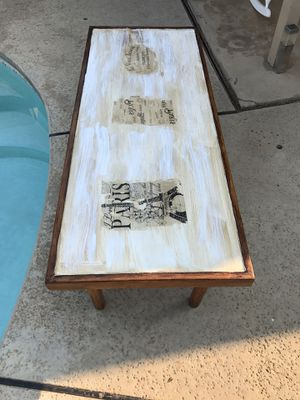 Rustic distressed wood coffee, no water stain it's the style table measurements: 55 inches long , 22.5 inches wide, 15 inches tall $125 for Sale in Fresno, CA