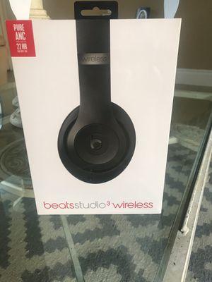 Beats studio 3 wireless for Sale in Rialto, CA
