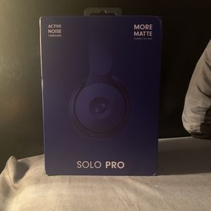beats solo pro 3 noise cancelling for Sale in Towson, MD