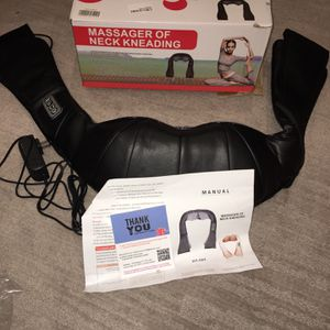 New Heated Neck And Back Massager ($Obo$) for Sale in Fresno, CA
