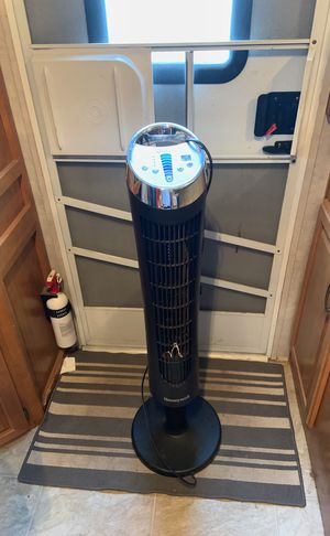 Honeywell tower fan for Sale in San Marcos, TX