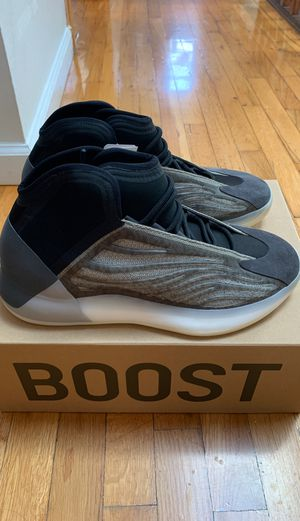 Brand new adidas yeezy quantum barium size 11 for Sale in Queens, NY