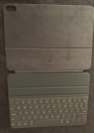 IPad Pro 11 In Keyboard for Sale in Los Angeles, CA