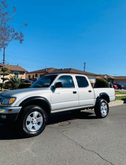 Toyota Tacoma Prerunner 2002 for Sale in Los Angeles,  CA