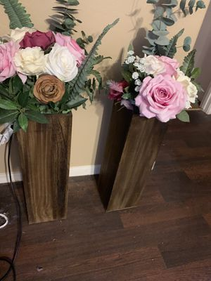 Wood flower vase/stand for Sale in Goodyear, AZ