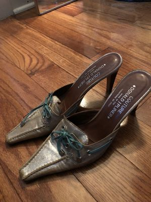 Donald J Pliner Couture Leather Size 8M for Sale in Pittsburgh, PA