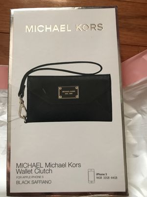 MK wallet Clutch iPhone 5 black in box for Sale in Smyrna, GA