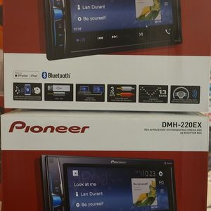 Pioneer DMH-220Ex for Sale in Corona, CA