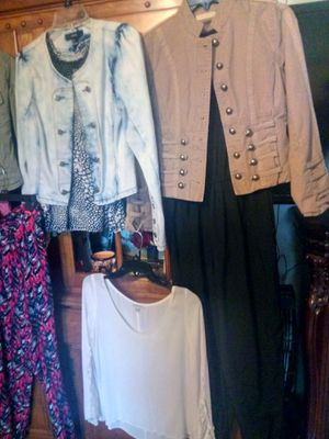 4 jacket size S and shirt size S 1 pant 1 short for Sale in Bakersfield, CA