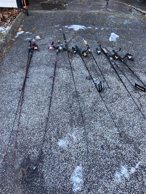 13 fishing rods are in good condition for Sale in East Chicago, IN
