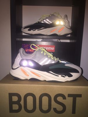 Yeezy 700 wave Runner for Sale in Conroe, TX