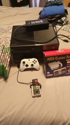 Xbox-one and classic Nintendo bundle for Sale in Simpsonville, SC