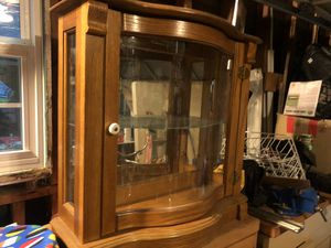China Cabinet with light for Sale in Anaheim, CA