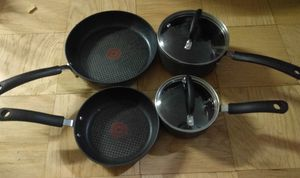 Tfal frying pan cooking pan titanium non stick set for Sale in Queens, NY