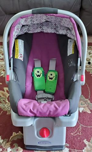 Graco click connect stroller, infant car seat with base.. will take best offer! for Sale in Shrewsbury, MA