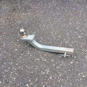 Trailer tow hitch and ball for Sale in Concord, MA