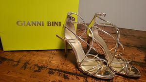 Gianni Binni gold/champagne dress heels for Sale in Painesville, OH