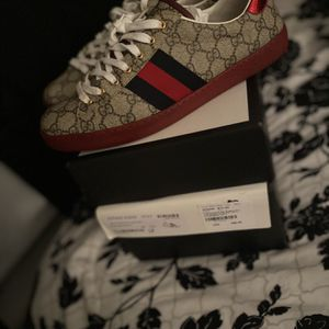 Gucci shoes for Sale in Bridgeport, CT