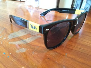 Ray Ban sunglasses for Sale in Cleveland, OH