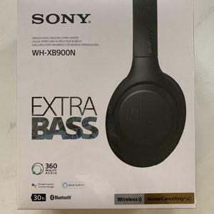 Sony Wireless Noise Canceling Over Ear headphones WH-XB900N for Sale in Seattle, WA