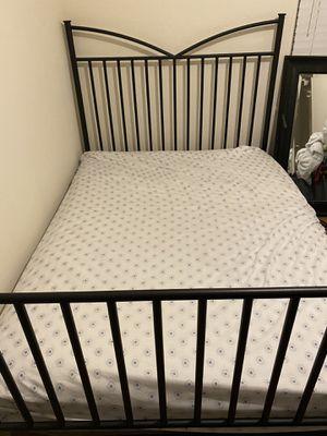 Full size metal bed frame for Sale in Bellflower, CA